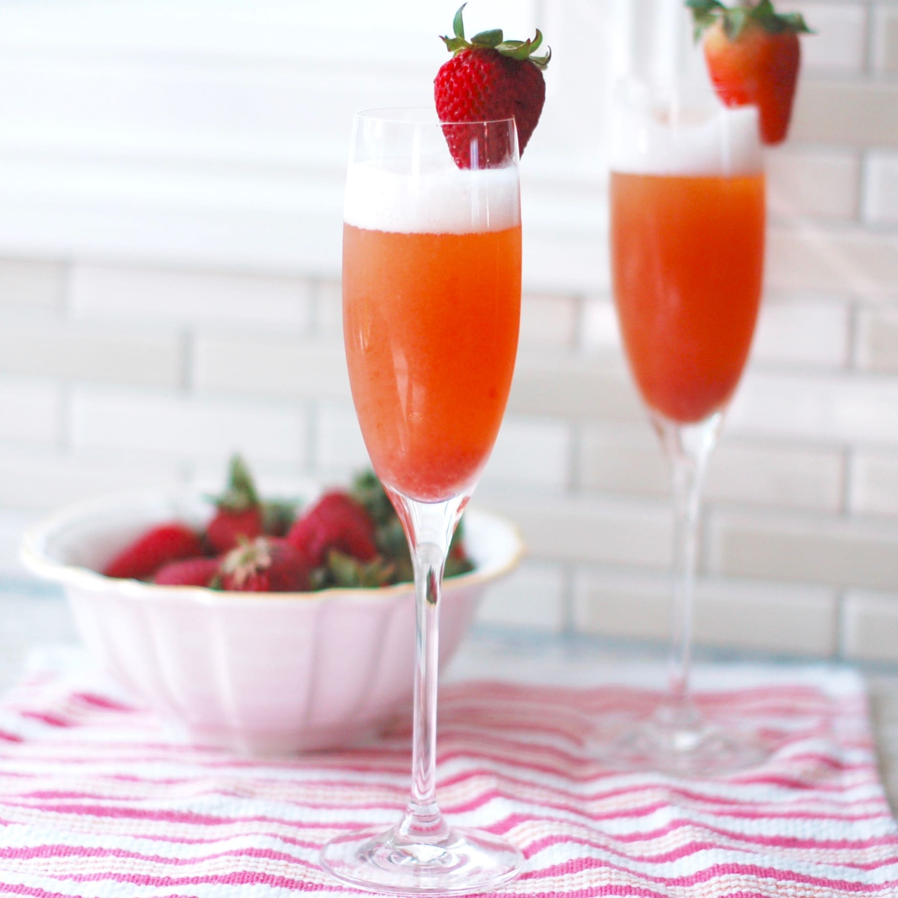 Strawberry Rhubarb Mimosa Brunch Cocktail Recipe
