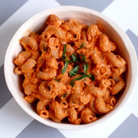 Quick and Easy Creamy Roasted Red Pepper Tomato Pasta