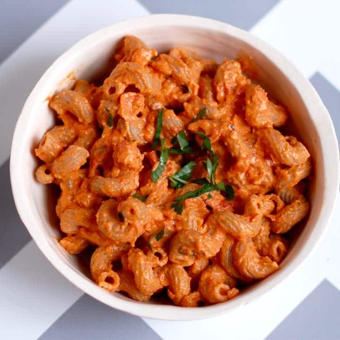 creamy roasted red pepper tomato pasta