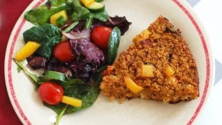 Sun-Dried Tomato, Spinach, and Goat Cheese Baked Oatmeal